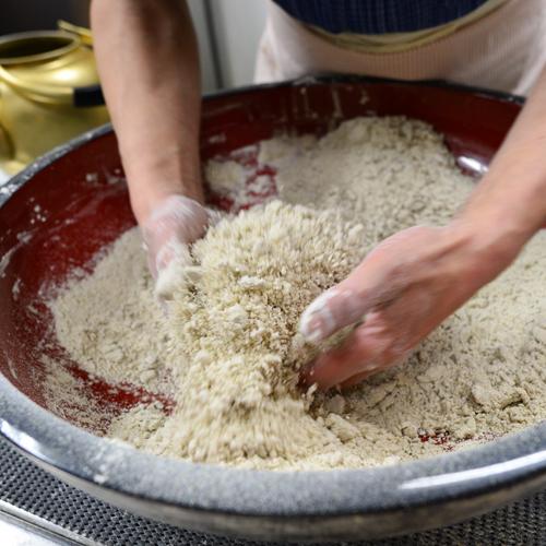 現在のお蕎麦は秋の新そばです。